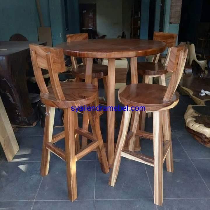 Set Kursi Bar Kayu Trembesi,kursi bar,kursi bar kayu,kursi bar minimalis,kursi bar stool,gambar kursi bar,set kursi cafe,kursi tiffany, set meja kursi cafe,jual kursi set cafe,harga set kursi cafe,kursi cafe,kursi cafe kayu,furniture kursi cafe,gambar kursi cafe,kursi meja cafe,kursi makan, meja kursi makan,meja makan,set kursi makan,meja makan minimalis,meja kursi makan terbaru,mebel jepara,furniture jepara,kursi cafe minimalis,