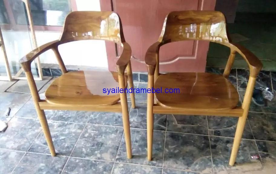 Kursi Cafe Jati Solid Murah,kursi bar,kursi bar kayu,kursi bar minimalis,kursi bar stool,gambar kursi bar,set kursi cafe,kursi tiffany, set meja kursi cafe,jual kursi set cafe,harga set kursi cafe,kursi cafe,kursi cafe kayu,furniture kursi cafe,gambar kursi cafe,kursi meja cafe,kursi makan, meja kursi makan,meja makan,set kursi makan,meja makan minimalis,meja kursi makan terbaru,mebel jepara,furniture jepara,kursi cafe minimalis,