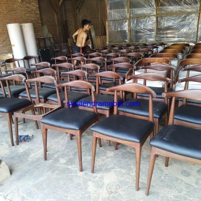 Kursi Cafe Minimalis,Kursi Makan Jati,kursi bar,kursi bar kayu,kursi bar minimalis,kursi bar stool,gambar kursi bar,set kursi cafe,kursi tiffany, set meja kursi cafe,jual kursi set cafe,harga set kursi cafe,kursi cafe,kursi cafe kayu,furniture kursi cafe,gambar kursi cafe,kursi meja cafe,kursi makan, meja kursi makan,meja makan,set kursi makan,meja makan minimalis,meja kursi makan terbaru,mebel jepara,furniture jepara,kursi cafe minimalis, kursi bar cafe murah,harga kursi bar cafe,model kursi bar cafe,gambar kursi bar minimalis,kursi bar jati jepara, kursi bar jati modern,kursi bar kayu murah,kursi bar kaki besi,kursi bar pendek,
