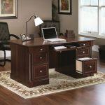 Meja Kantor Direktur Elegan