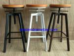 Kursi Cafe Bar Industrial