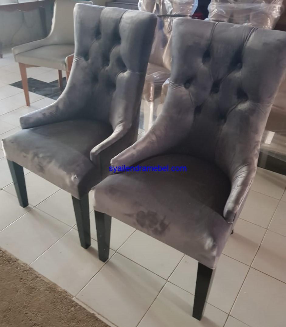 Kursi Makan Minimalis Sofa