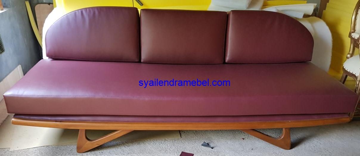 Sofa 3 Seater Minimalis Vintage