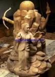 Patung Kayu Wanita Monumen Jepara