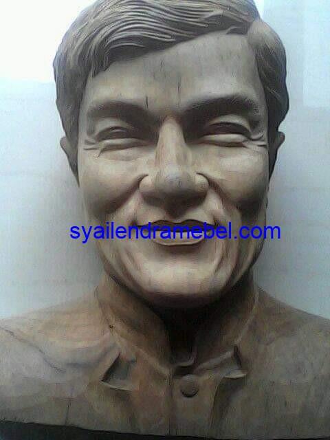 Patung Kayu Mahoni TPK